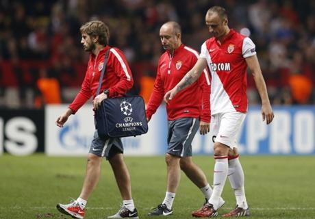 Monaco, Berbatov sorti sur blessure