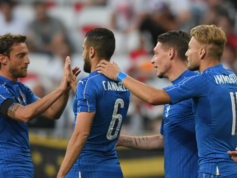 Italy 3 Uruguay 0: Hapless Gimenez hands Azzurri victory