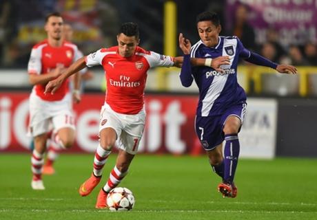 Anderlecht 1-2 Arsenal: Late rally