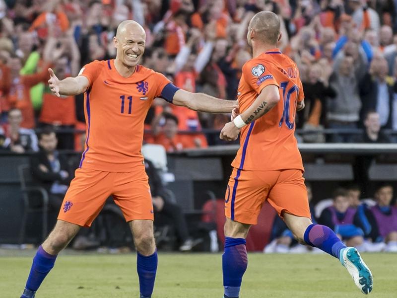 Arjen Robben et Wesley Sneijder entrent un peu plus dans l'histoire des Pays-Bas