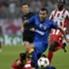 Carlos Tevez luchó mucho en Grecia, pero su Juventus cayó por la mínima.