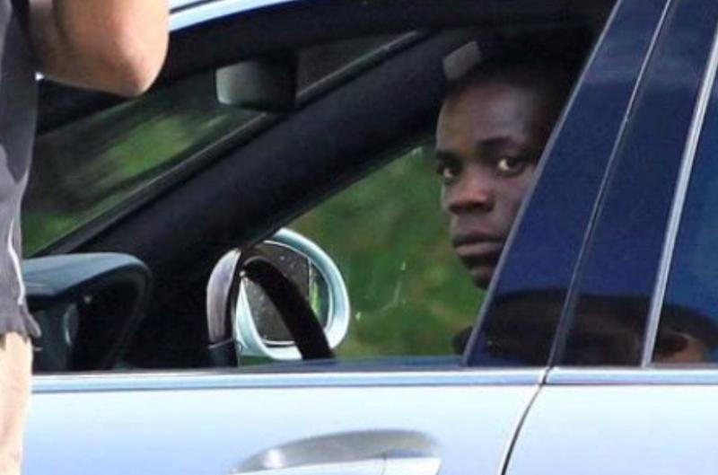 Ultime Notizie: Guaio Balotelli: indagato per minacce verbali ad una donna che stava fotografando la sua Ferrari