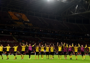 4:0-Gala in Istanbul! Die zuletzt schwächelnde Borussia aus Dortmund überzeugte beim triumphalen Auswärtssieg ihre Kritiker. Bayer Leverkusen schlug nach einer überzeugenden Partie Zenit mit 2:0. Goal hat für Euch das nationale und internationale Press...