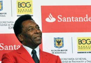Pelé fue homenajeado en Bogotá en 2010 por parte del gobierno de la ciudad