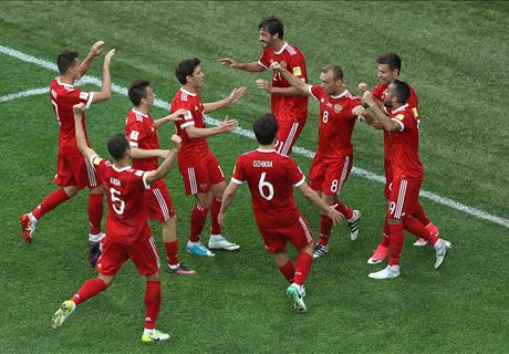 Russia kick off with a win