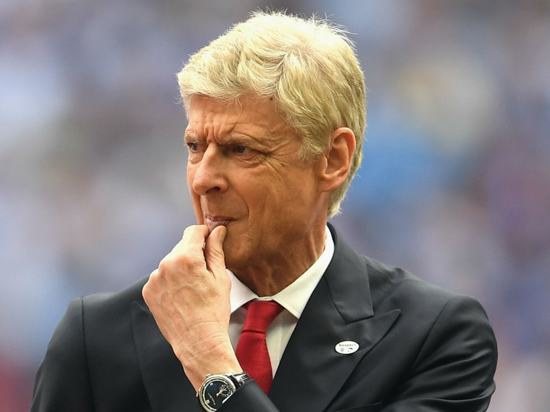 'Top-class managers never die' - Petit has faith in Arsenal boss Wenger