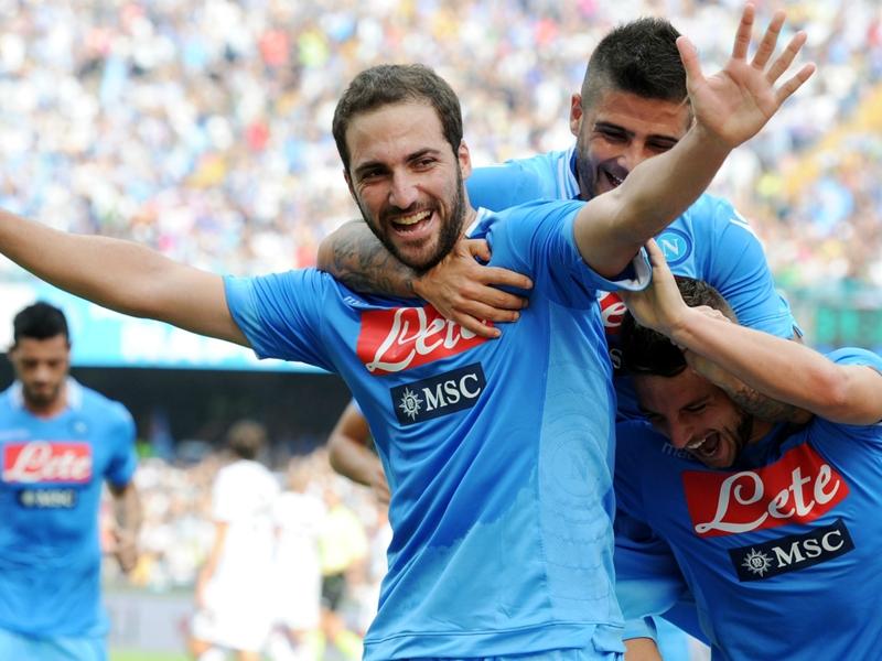 Ultime Notizie: TUTTOSPORT - Milan e Inter si sfidano per Kramaric, Napoli ora teme l'addio di Higuain