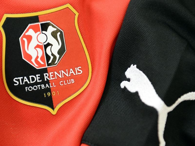 OFFICIEL - Rennes fait signer un premier contrat professionnel à Eduardo Camavinga