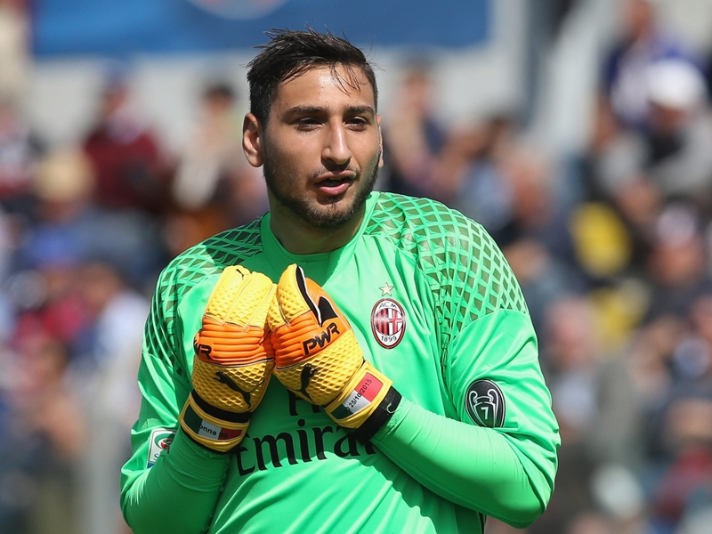 'Who wouldn't do the same?' - Donnarumma gets Berlusconi backing amid AC Milan dispute