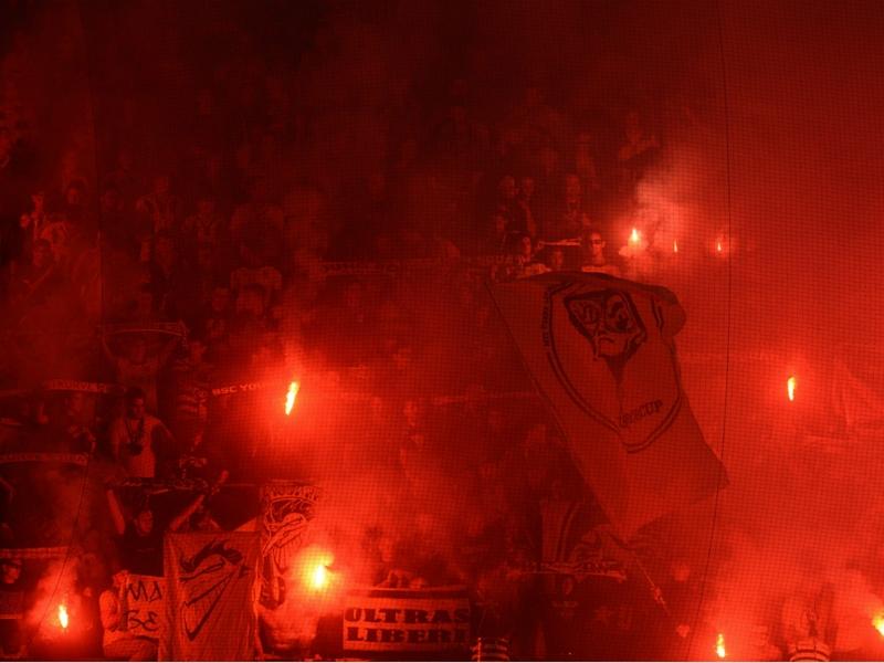 Ultime Notizie: Europa League, disordini in campo a Bratislava tra Slovan e Sparta Praga: partita sospesa