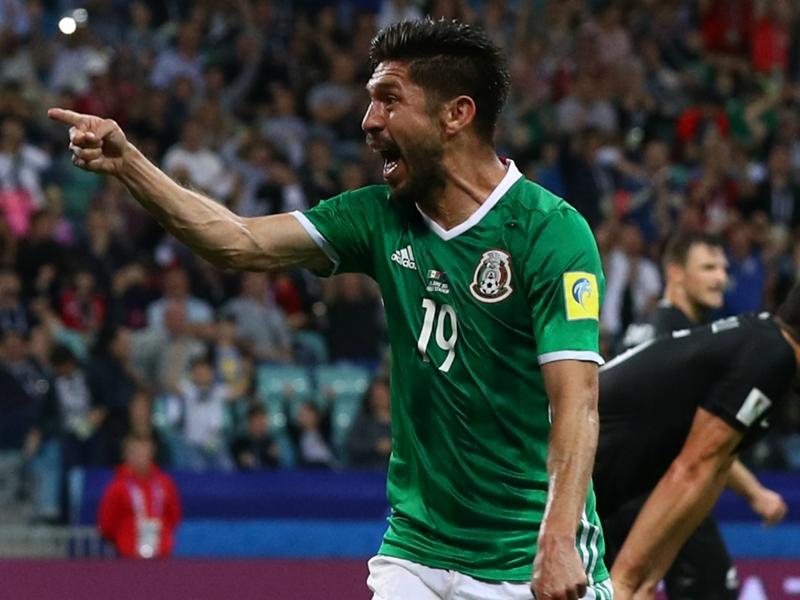 Mexico 2 New Zealand 1: Peralta completes dramatic comeback