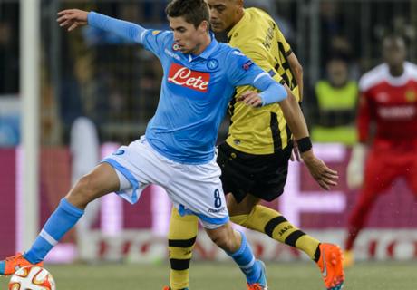 Benitez Keluhkan Mentalitas Napoli
