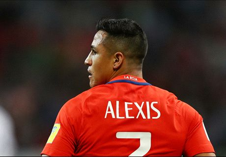 Alexis meets PSG chief ahead of move