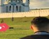 Diego Reyes y Raúl Jiménez pasean en Kazán con polémica chamarra
