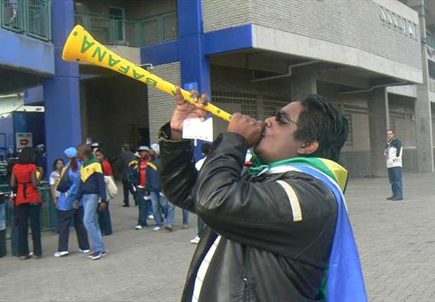 Confederations Cup: The Sale Of Vuvuzelas At The Stadium Quietly Banned?