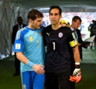 Iker Casillas vs Claudio Bravo