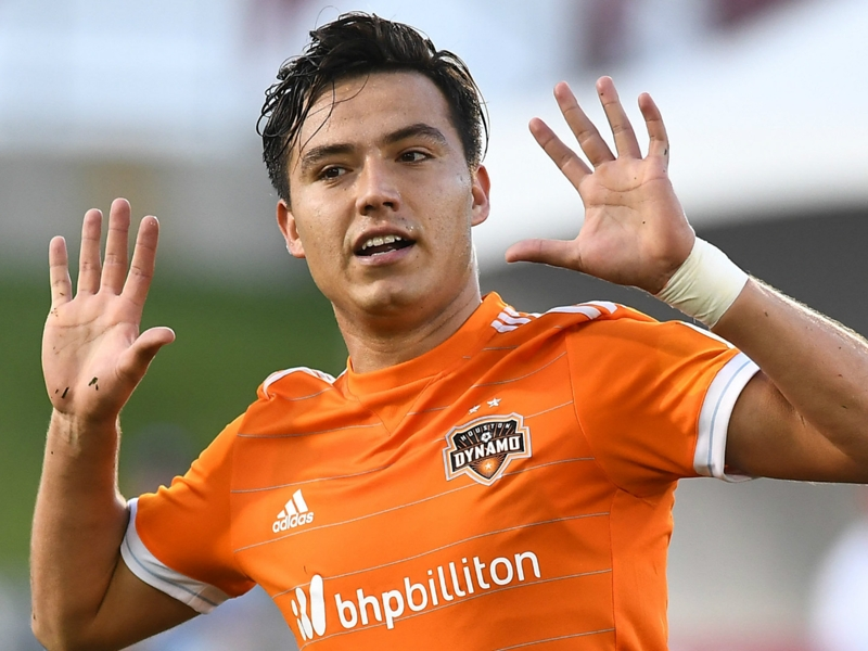 Cubo Torres added to Mexico's Gold Cup roster