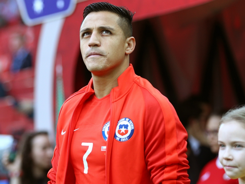 I want to play in the Champions League - Alexis drops Arsenal exit hint