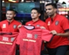 Momen Irfan Bachdim Buatkan Kopi Spesial Untuk Fans