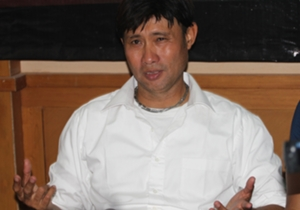 Eduard Tjong memaklumi kekalahan telak yang diderita Persela Lamongan dari Arema Cronus