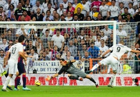 Ronaldo and Benzema batter Barcelona