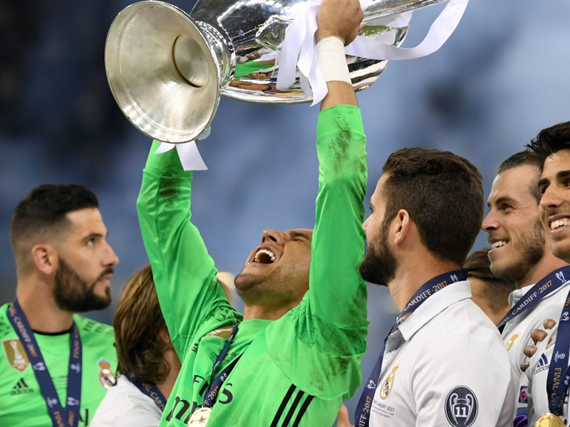 Navas not ready to let go of Madrid number one spot