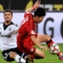 Leverkusens Son setzt sich gegen Schalkes Neustädter durch