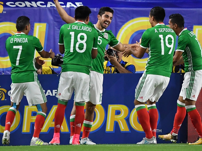 Mexico 1 Honduras 0: Defending champions into semi-finals again