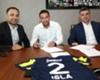 Ya es oficial: Mauricio Isla firmó su contrato con Fenerbahce