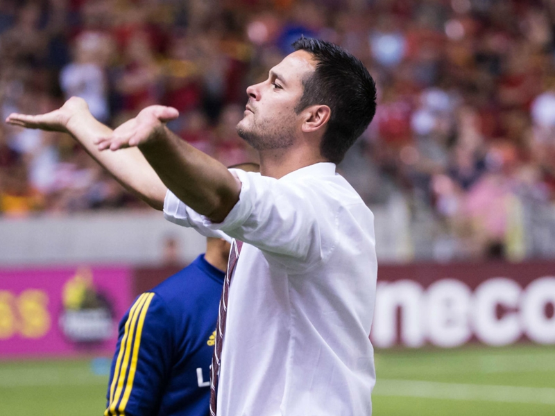 RSL coach Mike Petke goes on epic post-match rant after being ejected