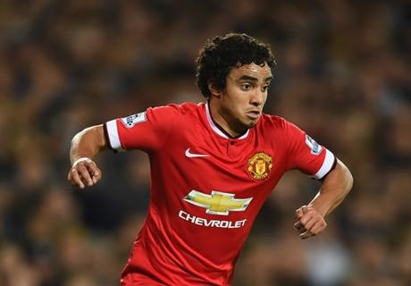 Insider: Rafael wants Man Utd talks