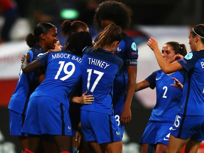 Euro 2017 : les Bleues qualifiées de justesse après leur match nul 1-1 contre la Suisse