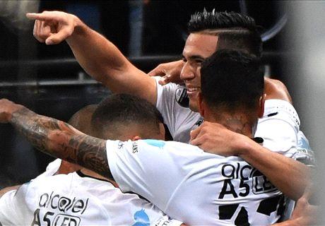 Corinthians negocia para renovar com pilares do sistema defensivo