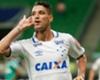 Thiago Neves e Arrascaeta brigam por espaço no Cruzeiro de Mano