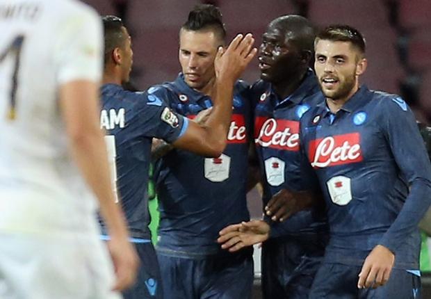 Napoli feiert gegen Verona