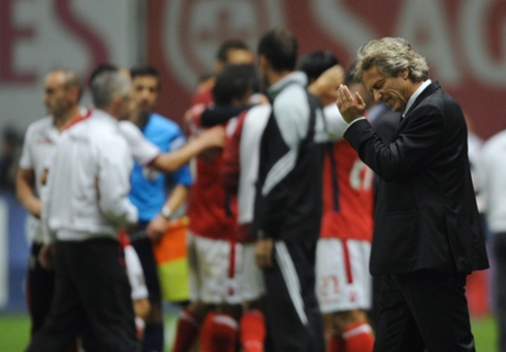 Jesus frustrated by wasteful Benfica