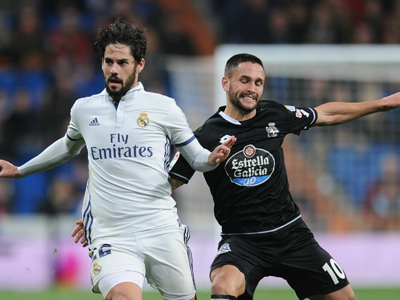 Andone comfortable at Deportivo but tempted by Burnley move