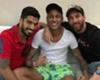 Neymar & Messi Kompak Candai Pique
