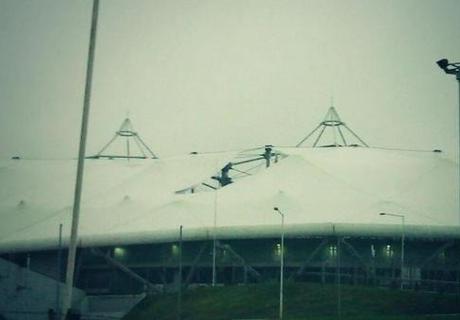 Se rompió el techo del Estadio Único