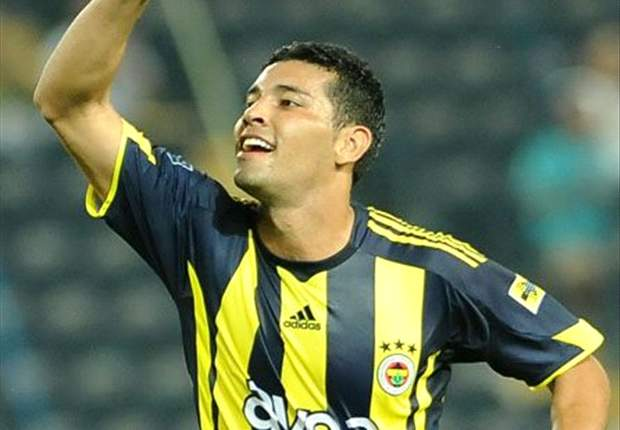 Arsenal Target Surprise Swoop For Fenerbahce Defender Andre Santos - Report