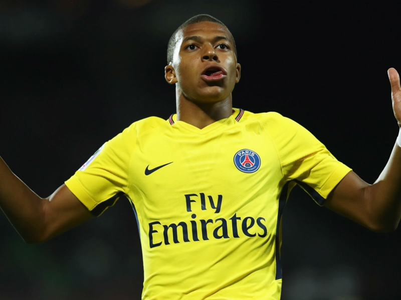 Abidal hopeful PSG and France star Mbappe will win Ballon d'Or