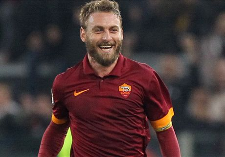 Easy victory puts Roma joint-top of Serie A
