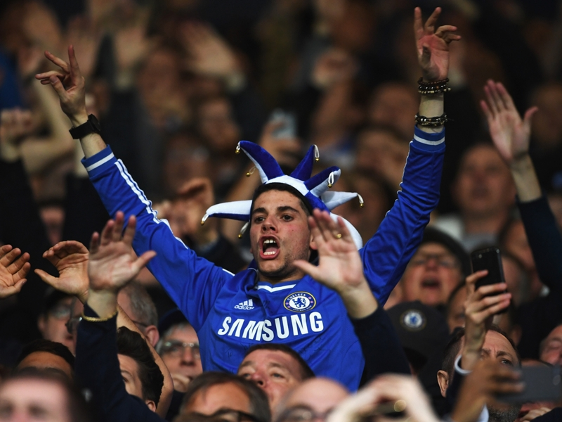 Chelsea - Roman Abramovitch veut envoyer ses supporters antisémites visiter Auschwitz