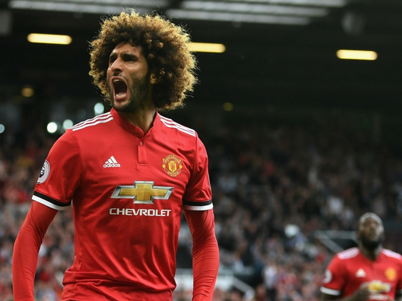 Fellaini part of Mourinho's plans as Man Utd push for new contract