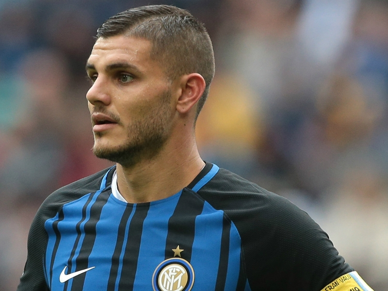 Icardi seeks social media inspiration to name new puppy