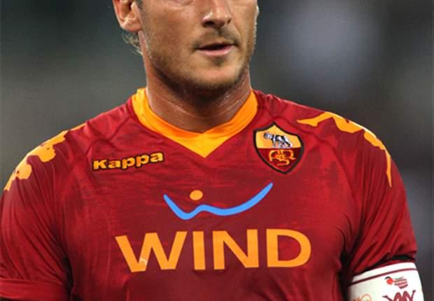 Francesco Totti Scores 179th Roma Goal To Overtake Giampiero Boniperti