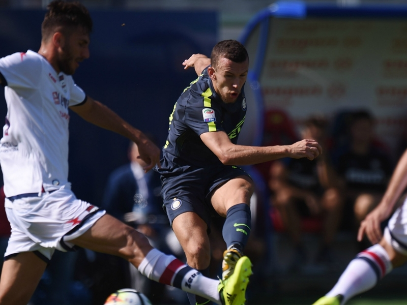 Crotone-Inter Milan 0-2, l'Inter s'en sort bien