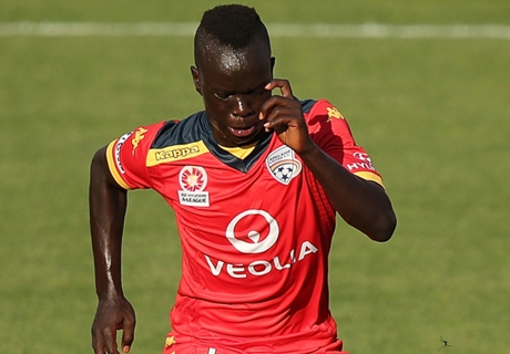Ajax must be serious about Mabil - Gombau
