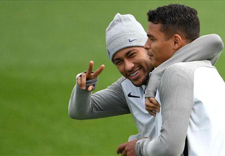 Sans Dani Alves, avec Thiago Silva ? Comment va jouer le PSG à Marseille ?