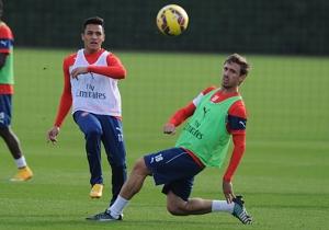 El seleccionado nacional, Alexis Sánchez completó un alegre entrenamiento junto a sus compañeros de Arsenal de cara al duelo con Burnley.
